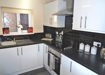 Thumbnail 5 bed shared accommodation to rent in Amersall Crescent, Scawthorpe, Doncaster