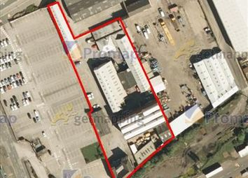 Light industrial to let in Kingston Industrial Estate, English Street, Hull, East Yorkshire HU3