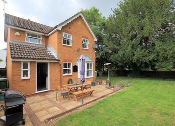 Trenthams Close, Purley On Thames, Reading RG8. 3 bed detached house