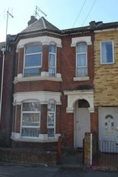 Thumbnail 2 bed property to rent in Clovelly Road, Southampton