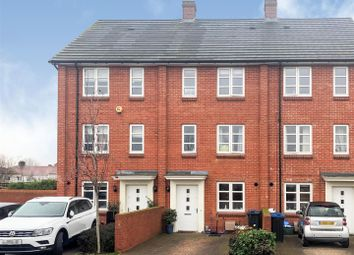 4 bed property for sale in Brickfield Road, Mitcham CR4