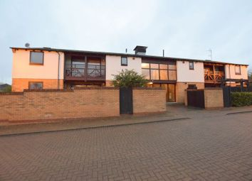 1 bed flat for sale in Homeward Court, Loughton, Milton Keynes MK5