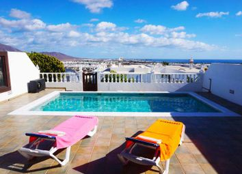 Thumbnail 4 bed villa for sale in Lanzarote, Spain