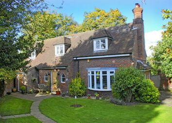 Thumbnail 4 bed detached house for sale in Elcombes Close, Lyndhurst