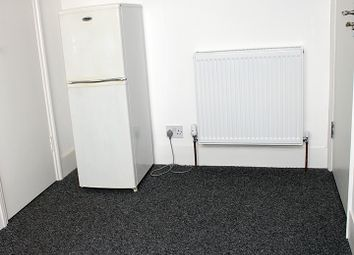 Thumbnail Room to rent in Bounds Green Road, Wood Green