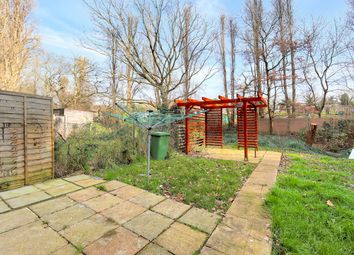 Wells Drive, London NW9. 2 bed flat for sale