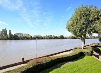 Thumbnail 2 bed flat to rent in Willow Lodge, Fulham