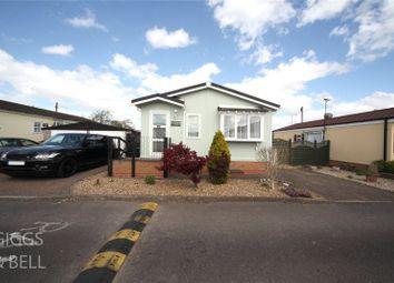 Thumbnail 2 bed bungalow for sale in Little Meadow, Woodside Home Park, Woodside, Luton