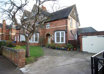 Thumbnail 2 bedroom maisonette to rent in Queensberry Road, Kettering, Northamptonshire.