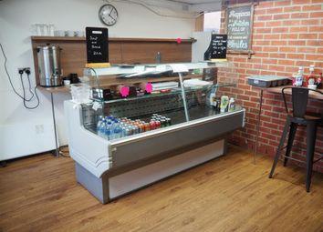 Thumbnail Restaurant/cafe for sale in Cafe & Sandwich Bars BD11, Drighlington, West Yorkshire