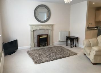 Thumbnail 2 bed flat to rent in Middlewood Close, Solihull