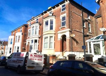 Thumbnail 2 bed flat to rent in 5 Waverley Grove, Southsea