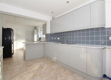 Thumbnail 5 bed detached house for sale in Arundel Close, Bexley