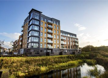 Thumbnail 2 bed flat for sale in Montagu House, Padworth Avenue, Reading