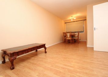 Thumbnail 3 bed flat to rent in Grangehill Road, Eltham