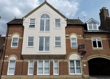 Thumbnail 1 bed flat to rent in Chertsey Street, Guildford
