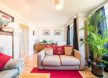 Thumbnail 3 bedroom flat for sale in Barns Road, Oxford