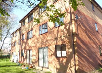 Thumbnail 2 bedroom flat for sale in Chartwell Gardens, Cheam, Sutton