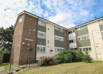 2 bed flat for sale in Woodland Avenue, Hutton, Brentwood CM13