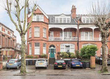 Thumbnail 3 bedroom flat to rent in Queens Avenue, London