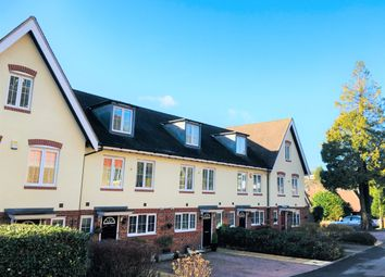 Thumbnail 3 bedroom town house to rent in Park View, Caterham