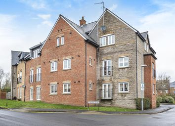 2 bed flat for sale in Strouds Close, Swindon SN3