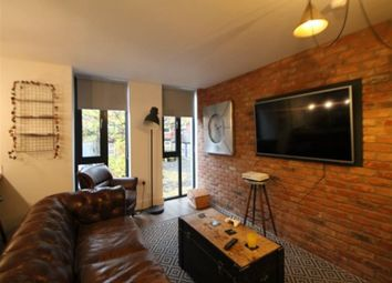 Thumbnail 5 bed flat to rent in The Grid. Moorland Avenue, Leeds