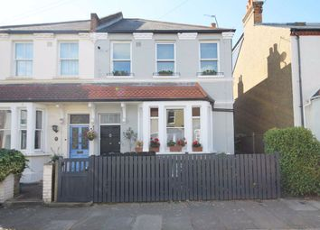Thumbnail 2 bed flat to rent in Castle Road, Isleworth