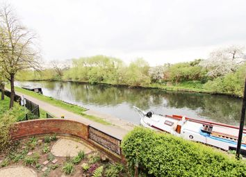 Thumbnail 2 bed flat for sale in Yarmouth Crescent, London