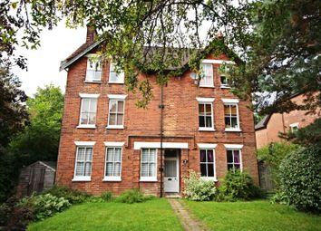Thumbnail 2 bedroom flat to rent in Warwick Road, Bishops Stortford, Herts
