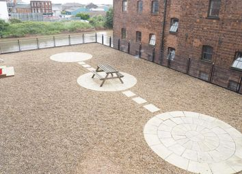 Thumbnail 2 bedroom flat to rent in Old Harbour Court, Old Town, Hull