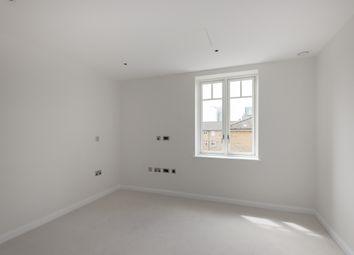 Thumbnail 2 bed flat to rent in Hurlingham Walk, Fulham