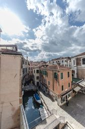 Thumbnail 1 bed apartment for sale in San Toma, Venice City, Venice, Veneto, Italy