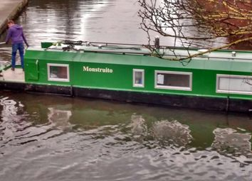 Thumbnail 1 bedroom houseboat for sale in Wharf Road, London