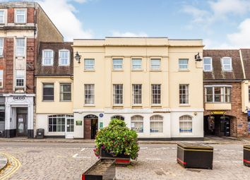 Parliament Square, Hertford SG14. 2 bed flat for sale