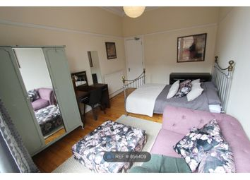 Thumbnail 3 bed flat to rent in Clarence Drive, Glasgow