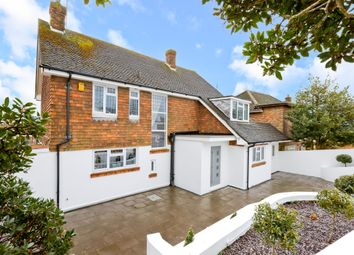 Thumbnail 4 bedroom detached house to rent in Hill Brow, Hove