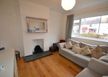 Thumbnail 3 bedroom flat to rent in Bramdean Crescent, London