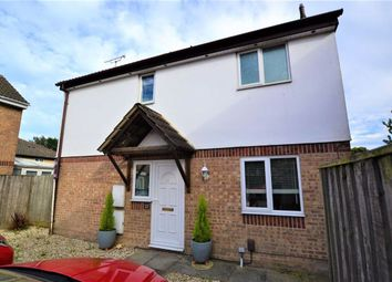 Thumbnail 3 bed detached house for sale in Wagtail Close, Swindon