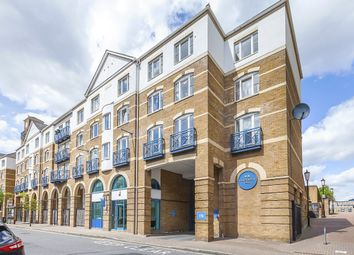 Thumbnail 2 bed flat to rent in Windsor Court, Rotherhithe Street, King & Queen Wharf, London