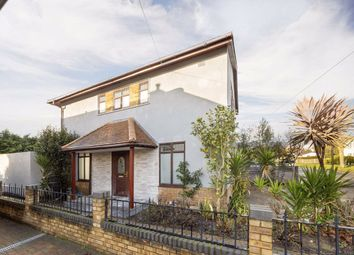 3 bed property for sale in St. Thomas Road, London W4