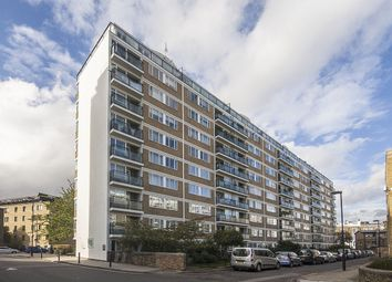 Thumbnail 2 bed property for sale in Churchill Gardens, London