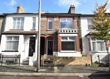 Thumbnail 2 bed flat to rent in Gladstone Road, Watford, Hertfordshire