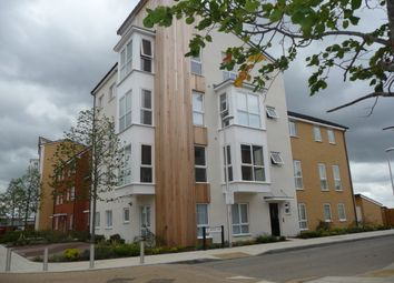 Thumbnail 1 bed flat to rent in Gweal Avenue, Reading