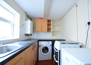 Thumbnail 2 bed flat to rent in Albion Street, City Centre, Brighton