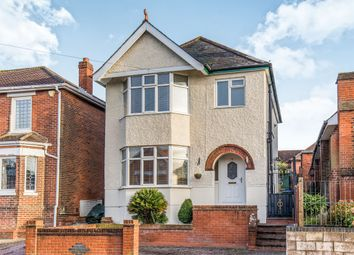 Thumbnail 3 bed detached house for sale in Oaktree Road, Southampton