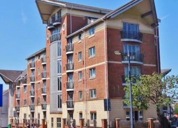 2 bed flat to rent in Milliennium View, Fitzhamon Embankment, Cardiff CF11