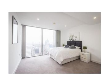 Thumbnail 3 bed flat to rent in 24 Marsh Wall, Canary Wharf, London