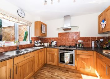 Thumbnail 3 bed town house to rent in Waterman Way, Wapping