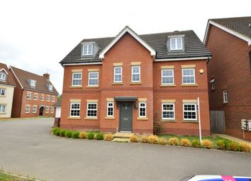 Thumbnail 6 bed detached house to rent in The Runway, Hatfield, Herts